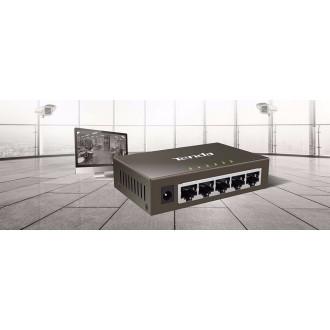 Tenda  MOD. TEG1005D switch 5 porte 10/100/1000 IN METALLO